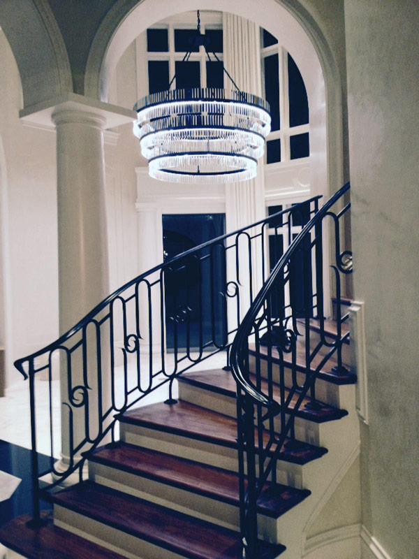 Soffi Naples Foyer Crystal Ring