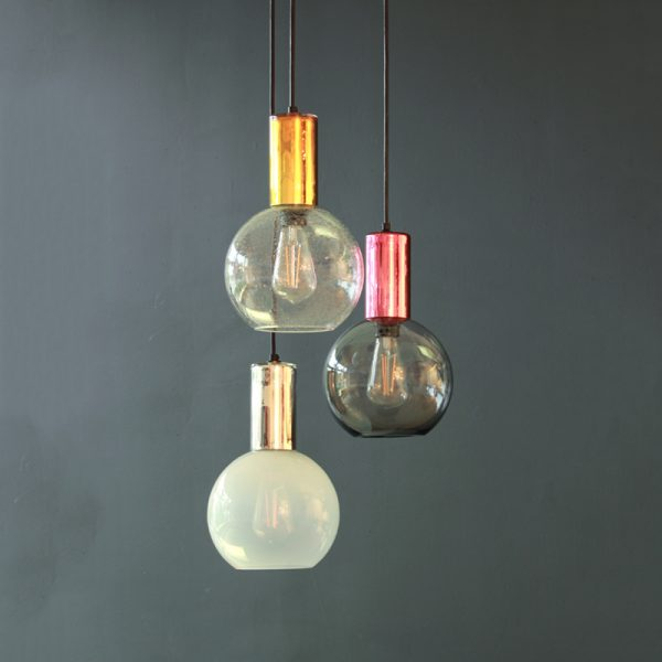 Adorn globe with mirror cylinder